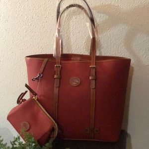 Dooney & Bourke East/West Shopper & Cosmetic case